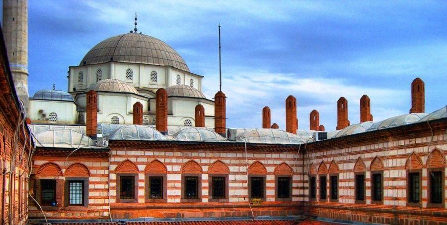بازار کمرالتی و مسجد حصار
